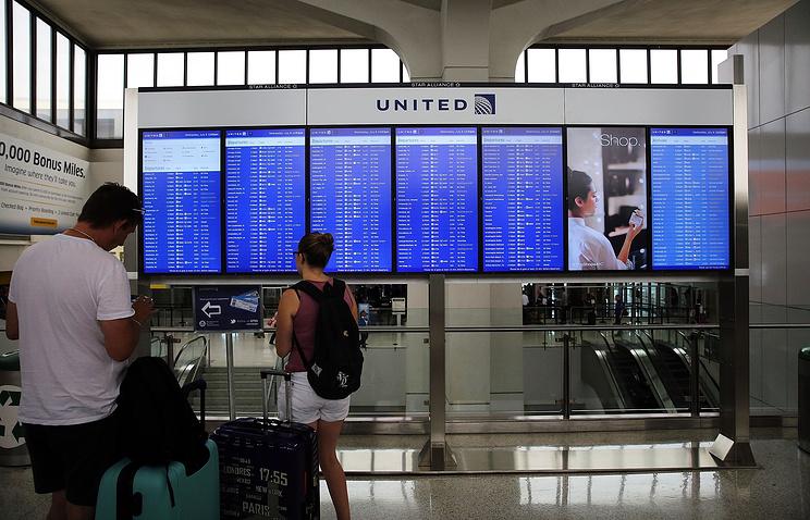 Компьютерный сбой привел кзадержкам рейсов компании United Airlines