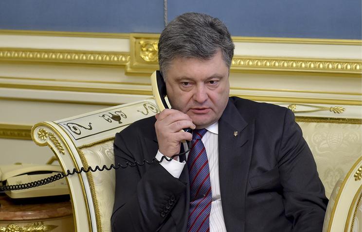 Президентский розыгрыш: вАП Кыргызстана опровергли информацию оразговоре Порошенко иАтамбаева