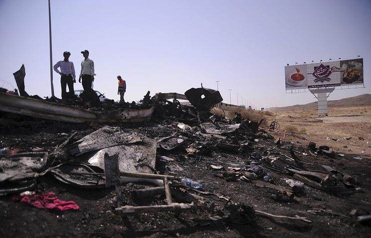 В трагедии савтобусом погибли около 20 человек— Иран