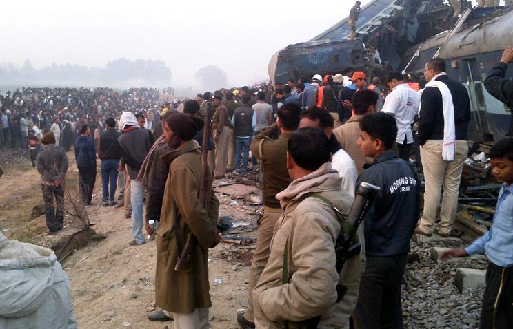 Число погибших крушения поезда вИндии достигло 119