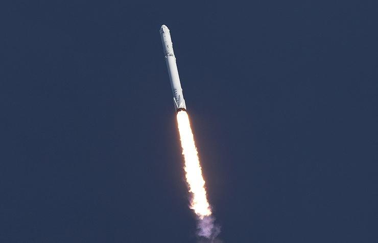 Выяснилось, когда состоится 1-ый после трагедии запуск ракеты Falcon 9