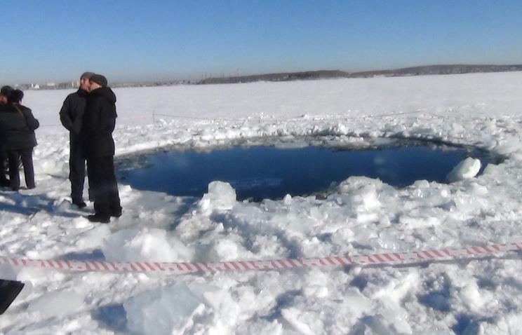 Место падения осколков метеорита на озере Чебаркуль
