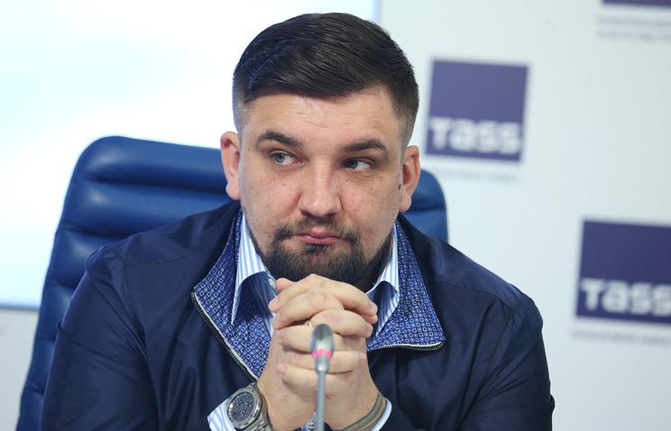 Баста заплатит Децлу 50 тысяч руб. за«лохматое чмо»