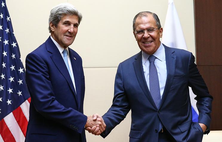 Госсекретарь США Джон Керри и министр иностранных дел России Сергей Лавров