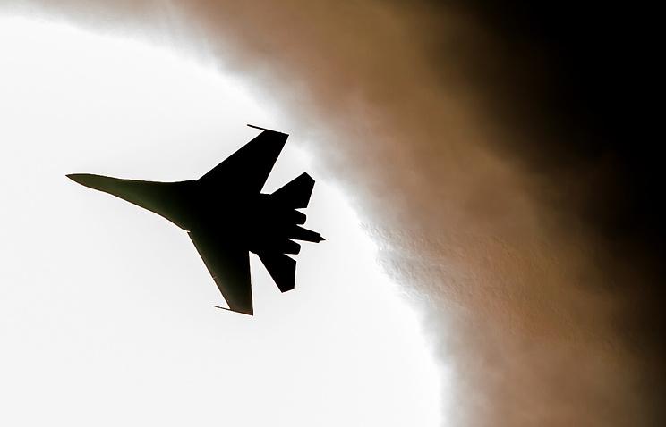 Впроцессе крушения самолета Су-27 летчику удалось катапультироваться,— МинобороныРК