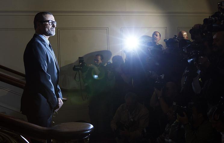 Элтон Джон шокирован гибелью Джорджа Майкла. СМИ узнали, что произошло спевцом