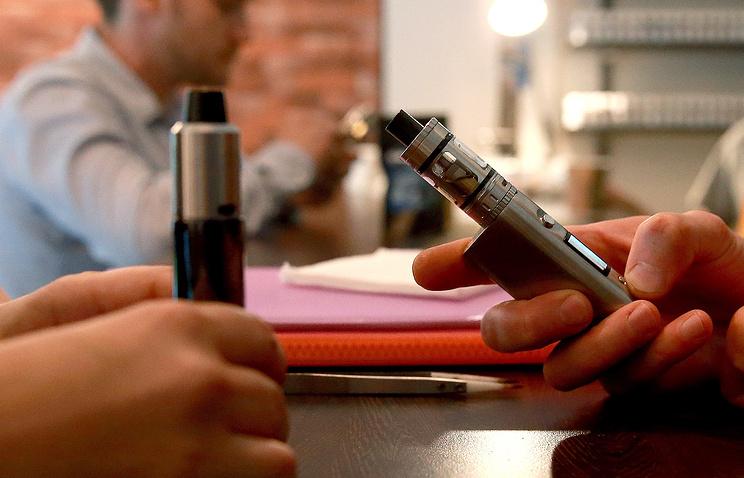ВРоссии родившимся после 2014 года могут ограничить продажу табака