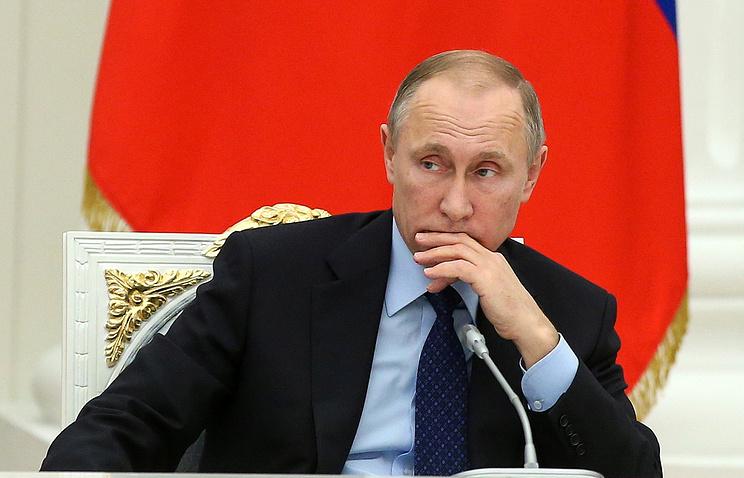 Путин освободил отдолжности 17 генералов иназначил обвинителя Крыма