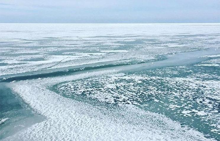 Азовское море замерзло— льды подбираются какватории Керченского пролива