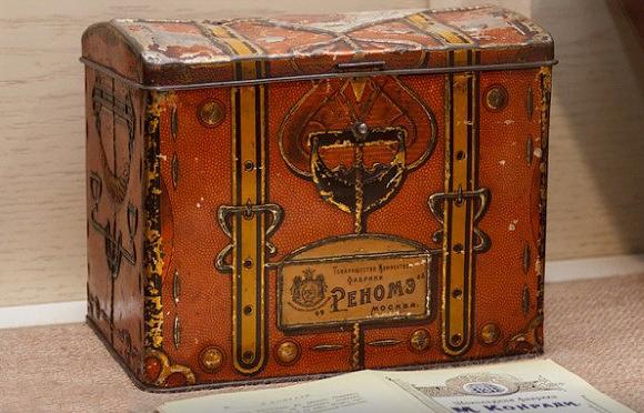 Коробка из-под конфет 1912 года выпуска украдена изекатеринбургского музея