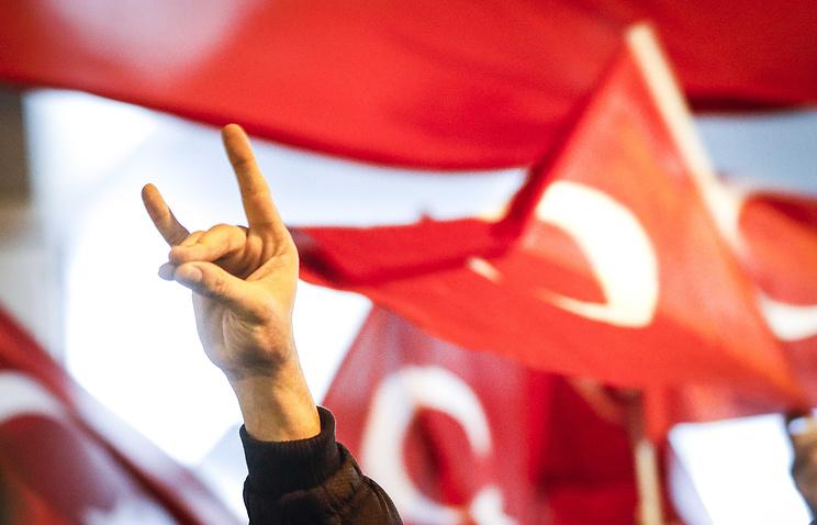 Вызаплатите инам придется ответить: Турция иНидерланды обменялись новыми угрозами