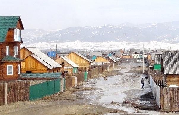 Вид на поселок Каа-Хем