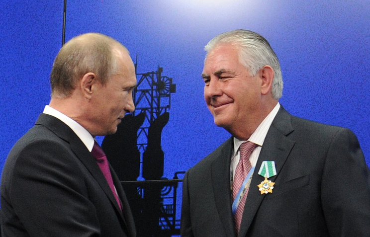 Владимир Путин и Рекс Уейн Тиллерсон, 2013