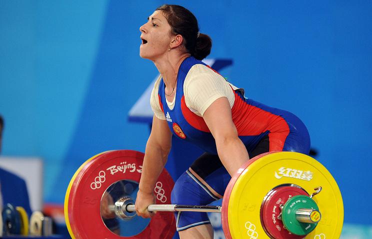 Утяжелоатлетки Светланы Царукаевой отобрали серебряную медаль ОИ-2012 задопинг