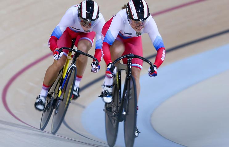 Шмелёва иВойнова завоевали золото вкомандном спринте наЧМ вГонконге