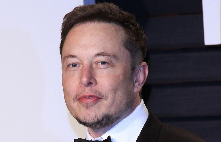Tesla Motors вначале осени представит свой 1-ый фургон наэлектричестве