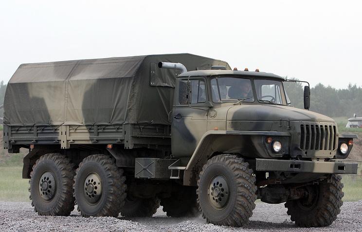 40 авто «УРАЛ» привезли ввосстановленную танковую дивизию наУрале