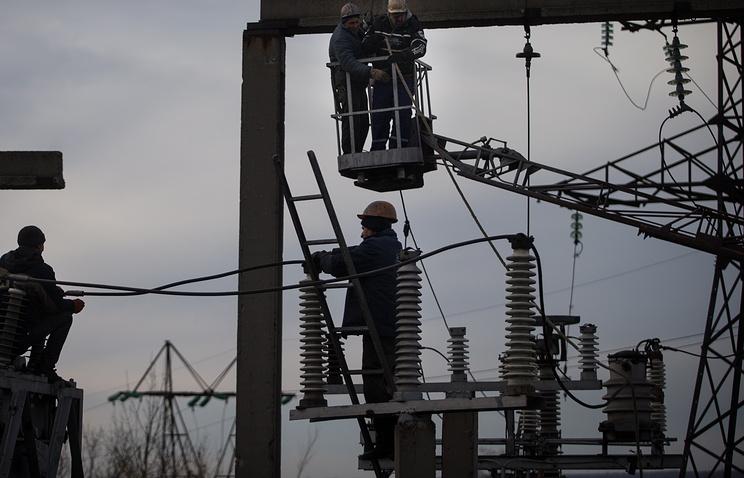 Украина хочет сегодня ночью закончить поставки электрической энергии вЛНР
