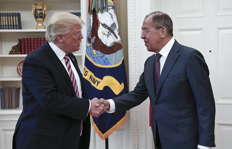 Президент США Дональд Трамп и глава МИД РФ Сергей Лавров