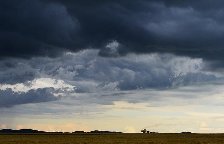 ВКузбассе и еще трёх областях Сибири объявили штормовое предупреждение