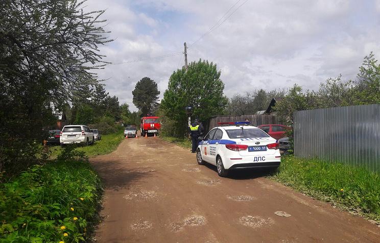 Рядом с домом, где произошел инцидент