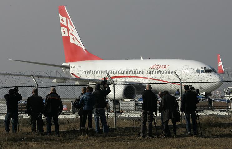 В Минтрансе надеются на разрешение ситуации с Georgian Airways в течение недели - Экономика и бизнес - ТАСС