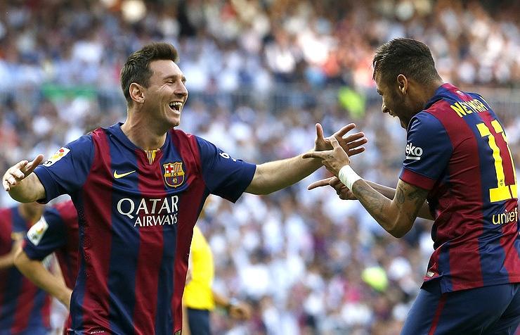 """Футболисты """"Барселоны"""" Лионель Месси и Неймар (слева направо)"""