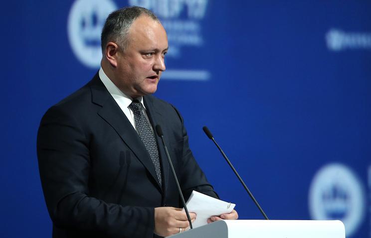 По-прежнему хочет увидеться сРогозиным руководитель Молдавии