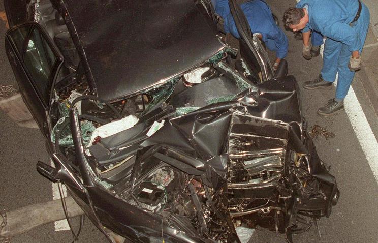 Автомобиль, в котором ехала принцесса Диана, Париж, 31 августа 1997 года