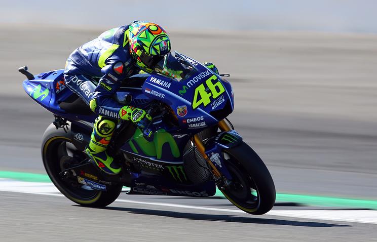 Многократный чемпион MotoGP Росси госпитализирован после трагедии