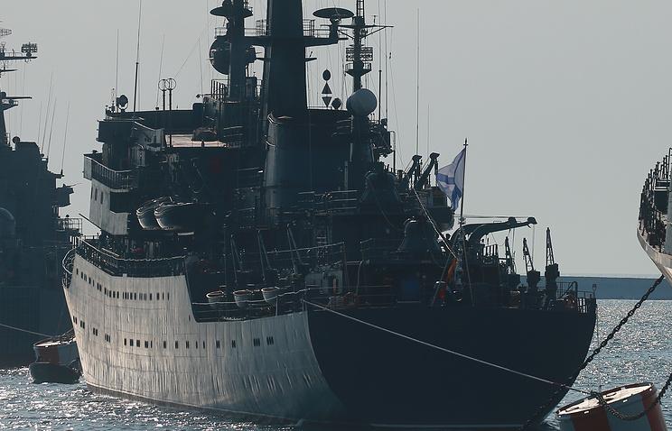 ВПетербурге встретили после похода корабль «Перекоп»— былая традиция