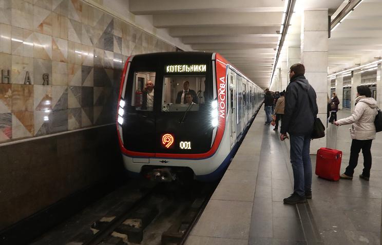 В российской столице  на31 станции метро появятся зеркала для пассажиров