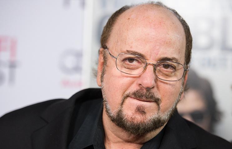 Кинорежиссера Джеймса Тобэка обвинили вдомогательствах к38 девушкам— LATimes