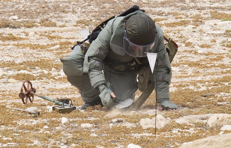 Русские саперы очистили отвзрывчатки неменее 800 гавДейр-эз-Зоре