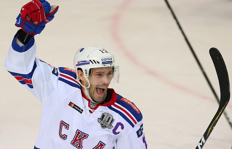 Хоккеист СКА Дацюк выбыл до26ноября из-за травмы