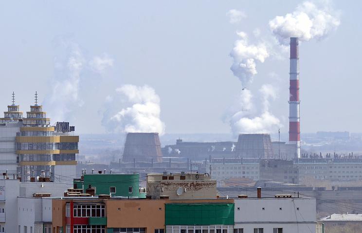 Вид на промышленный район Челябинска