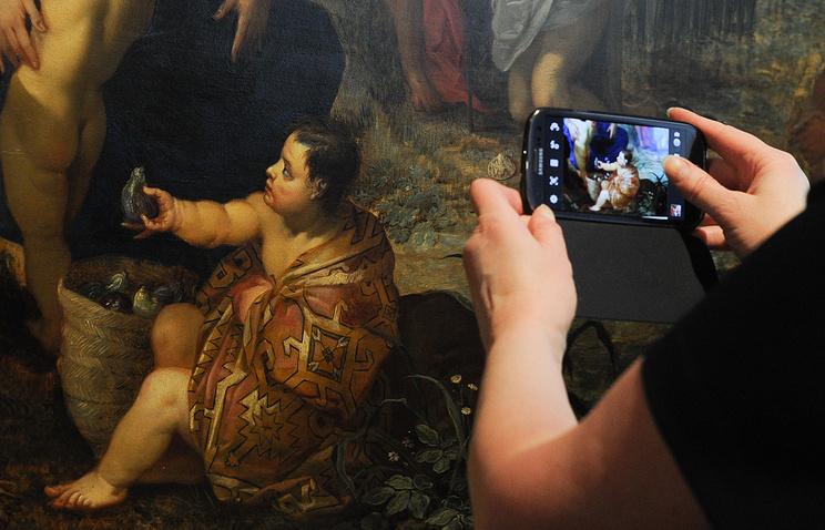 ВПетербурге представят бесплатное музейное приложение Artefact