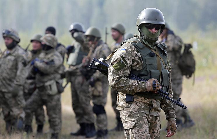 Трамп впервый раз одобрил поставки смертельного оружия вгосударство Украину