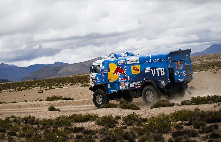 После финиша 10 этапа ралли «Дакар» экипаж Николаева сохранил лидерство