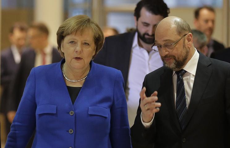 Лидер Христианско-демократическо и Христианско-социального союзов, канцлер Германии Ангела Меркель и лидер социал-демократической партии Германии Мартин Шульц