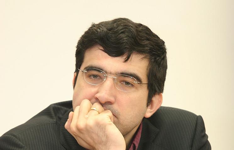 Шахматист Карякин сыграл вничью сСона турнире вВейк-ан-Зее