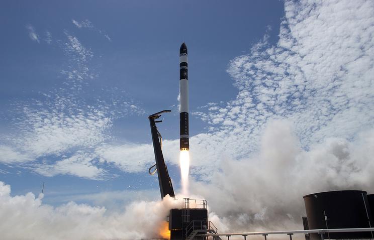 Запуск ракеты-носителя Electron с малыми спутниками на борту