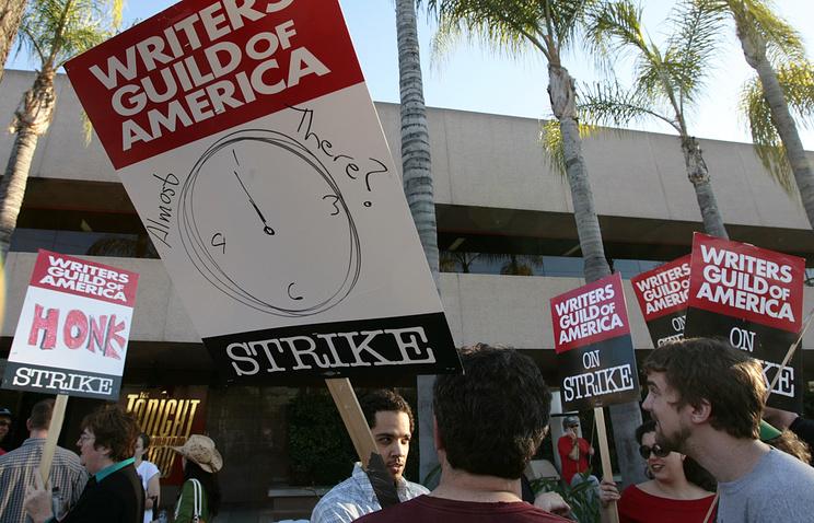 Во время забастовки Гильдии сценаристов в Голливуде, 2008 год