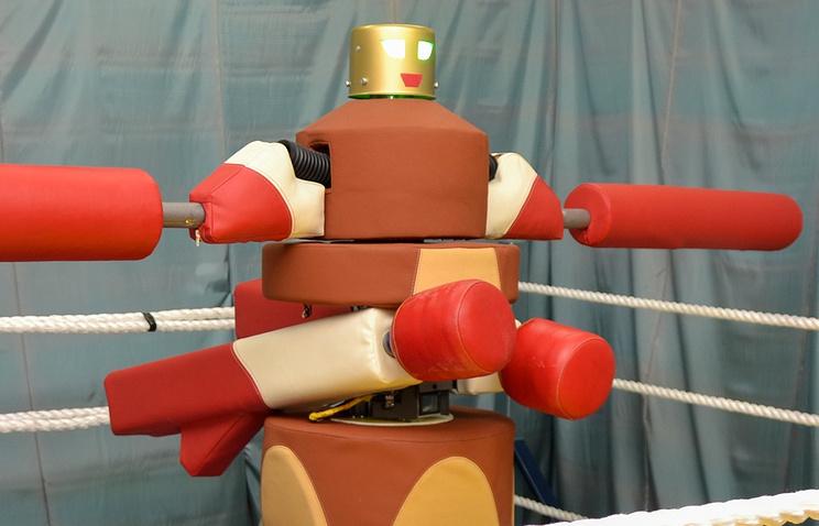 Робот-гладиатор наВДНХ сразится спосетителями