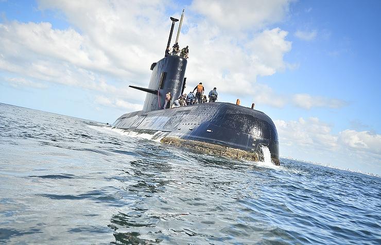 Российское исследовательское судно прекратило поиски пропавшей вАтлантическом океане аргентинской подлодки
