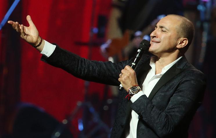 Концерт «Хора Турецкого» открыл международный марафон «Песни Победы» встолице франции