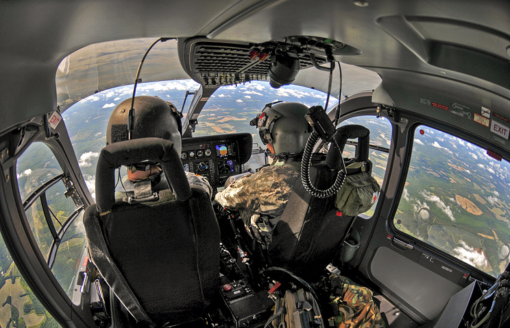 Военный вертолет сбросил боеприпасы накрышу школы вТехасе