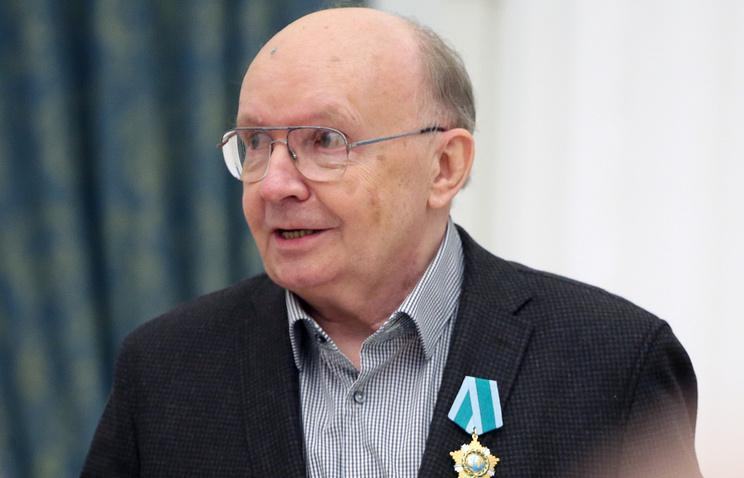 Лукашенко поздравил Мягкова сюбилеем