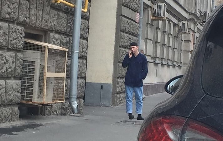 МВД столицы опубликовало фото подозреваемого внападении наполицейского