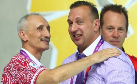Олег Зайцев /слева/ Фото ИТАР-ТАСС/Станислав Красильников